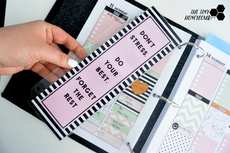 how to make your own bookmark/ calendar divider with a free printable