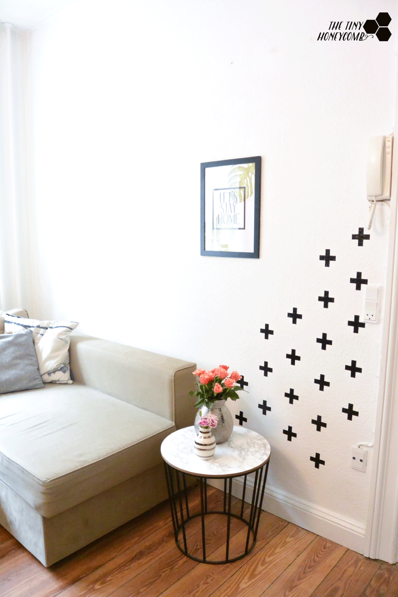 How to make a swiss cross pattern on your wall