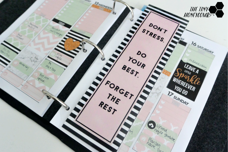 Make your own calendar divider/bookmark with this free printable and tutorial